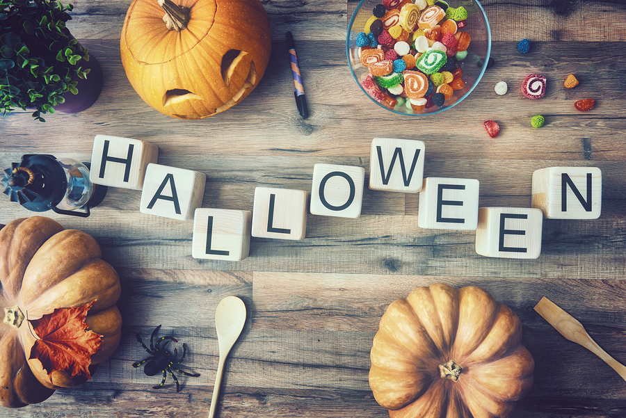 Do's and Don'ts For Elderly Adults on Halloween