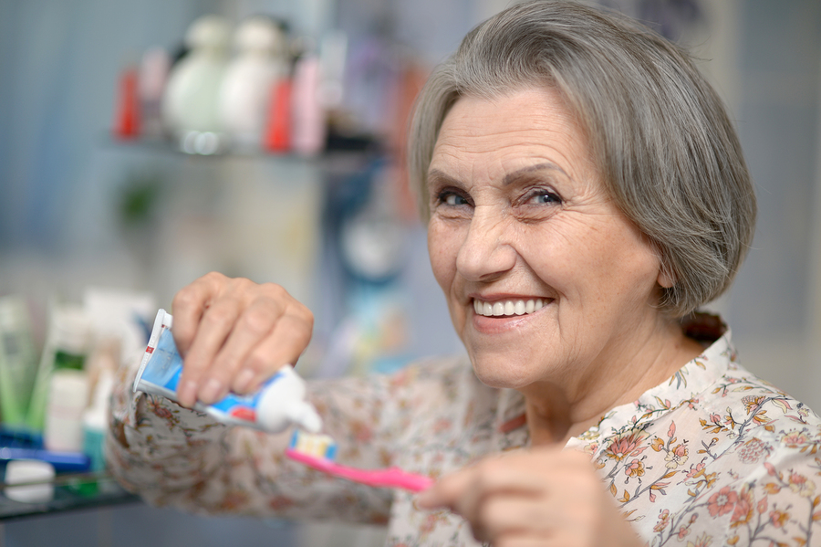 Grooming Tips to Boost Independence in a Senior with Parkinson's Disease