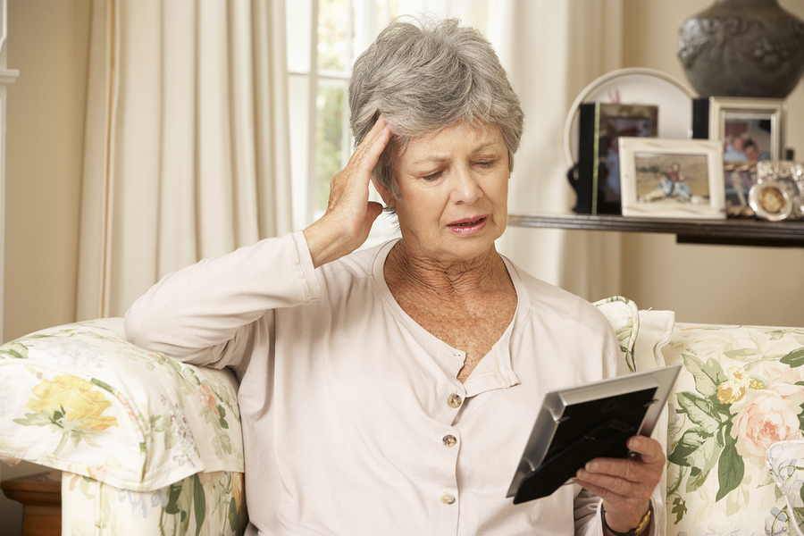 Tips for Caring for a Senior with Migraines